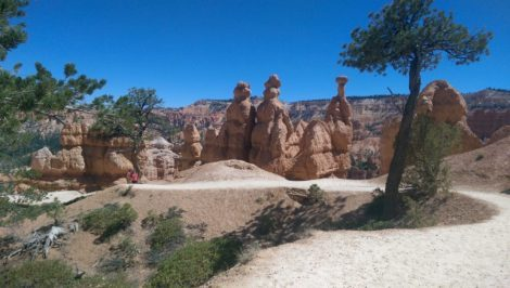 Queens Garden Hiking Trail in Bryce Canyon