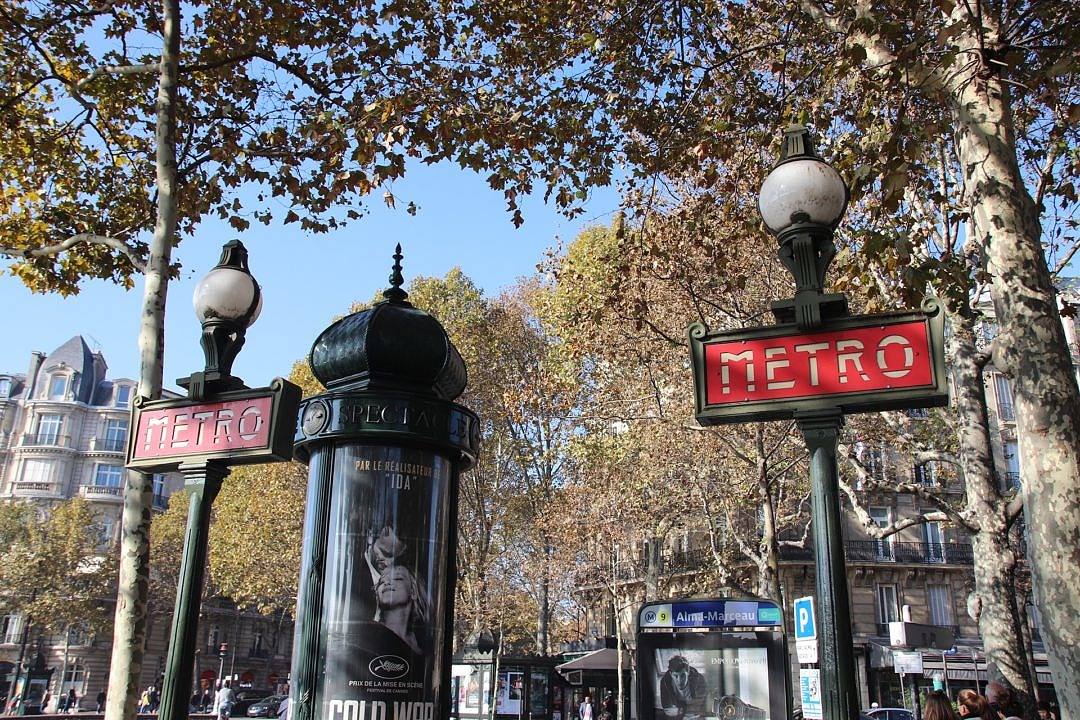 Paris Metro Entrance and Sign