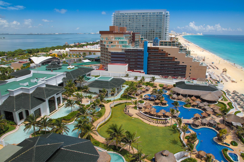The Hotel Beach in Cancun Mexico